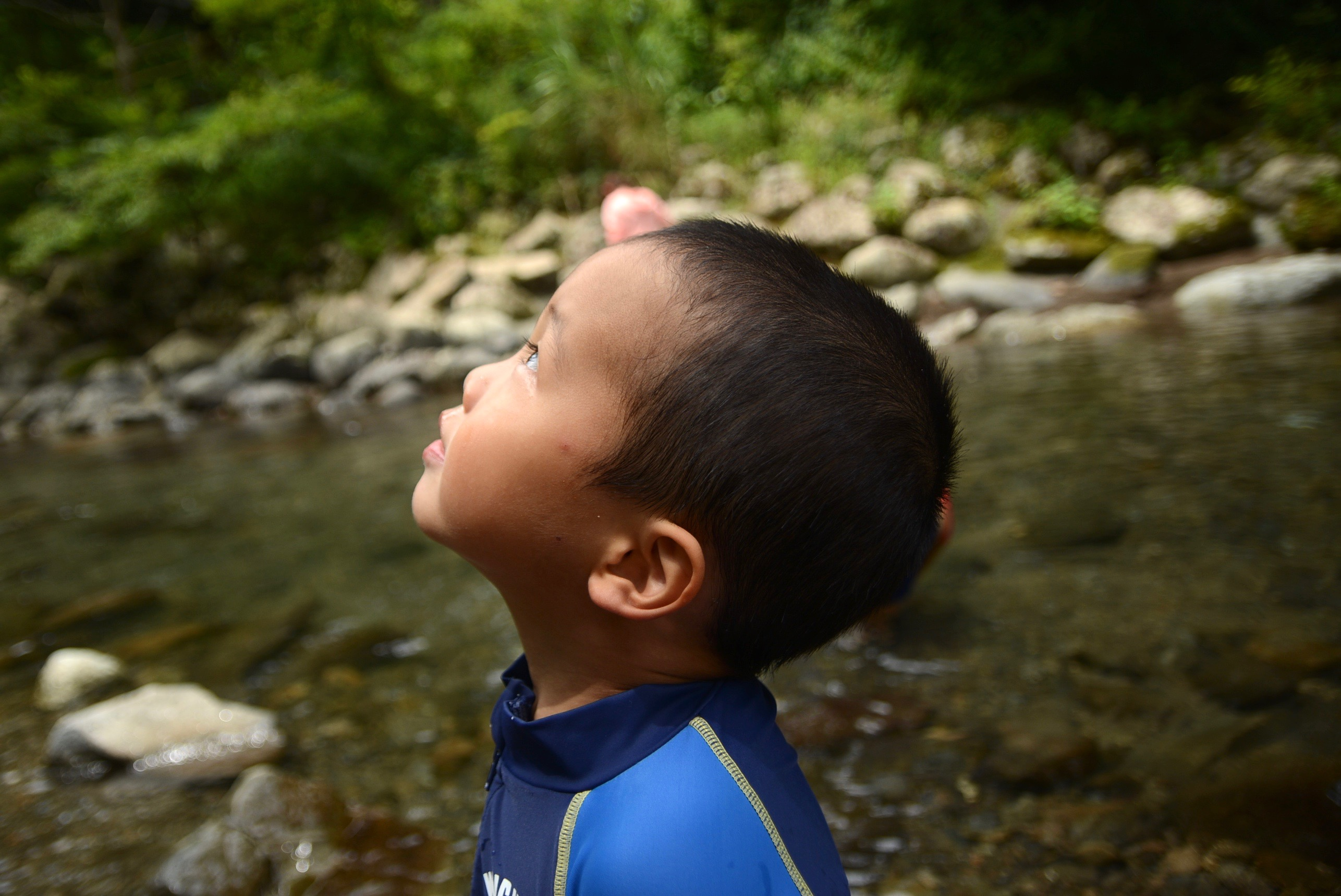 子供の写真を可愛く撮るコツ/横顔をアップで撮る