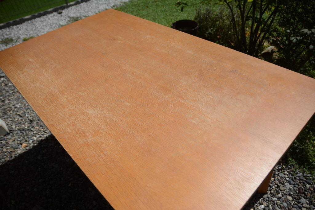 テーブル塗装前